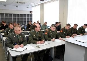 Увольнение по окончанию контракта военнослужащего